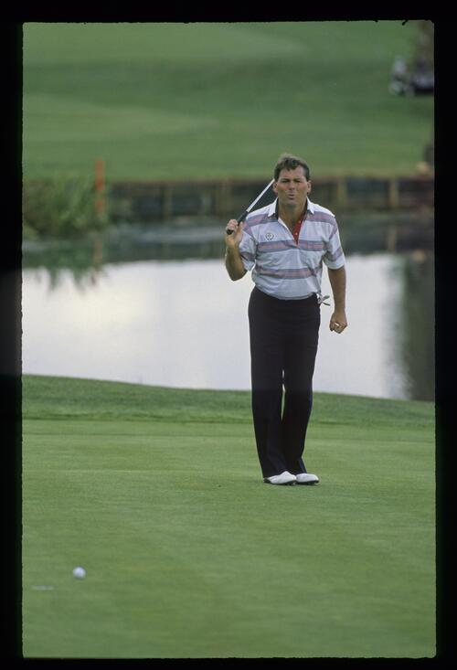 American golfer Lanny Wadkins comes up short with his putt at the 1989 Ryder Cup