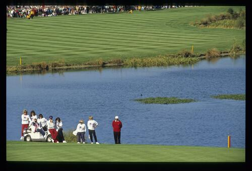 American players and their wives watch the action on the 18th hole at the 1989 Ryder Cup