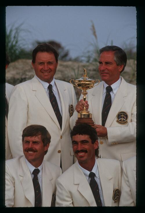 American players and captain pose with the 1991 Ryder Cup