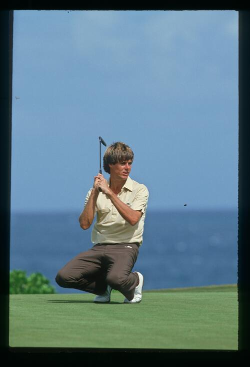 Paul Azinger just misses his putt at the 1986 Kapalua International Golf Championship