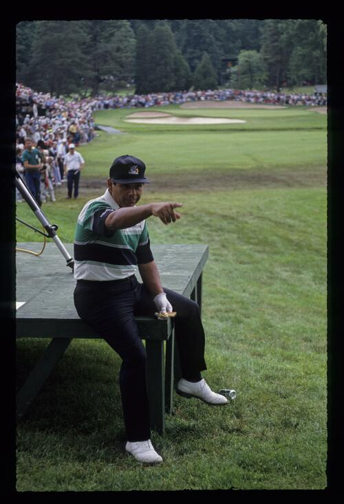 Lee Trevino taking time out during the 1989 US Open