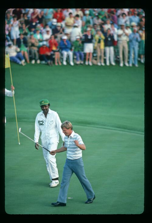 Ben Crenshaw claims the victory at the 1984 Masters