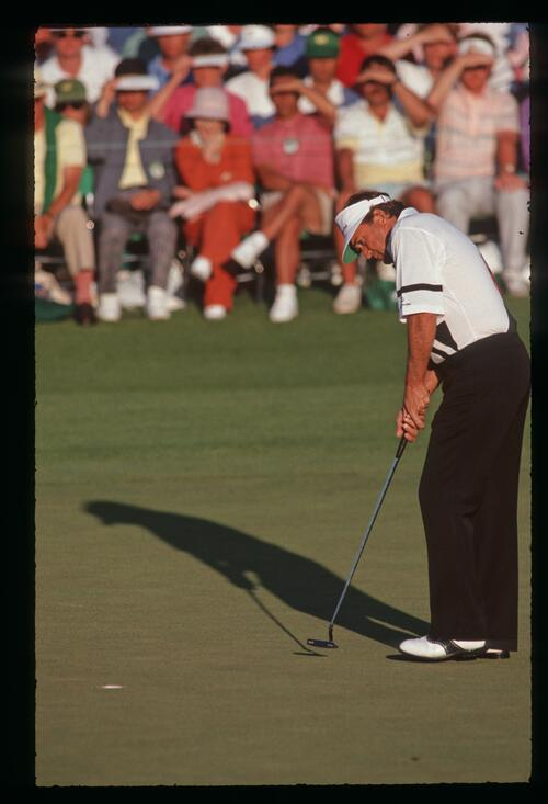 Ray Floyd holes his putt at the 1990 Masters Championship at Augusta