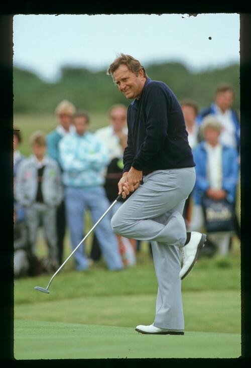 Ray Floyd anxiously watches his putt at the 1988 Open Championship