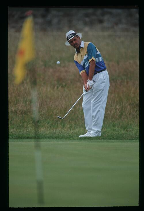 Mark James plays his pitch shot from the fringe at the 1992 Open Championship at Muirfield