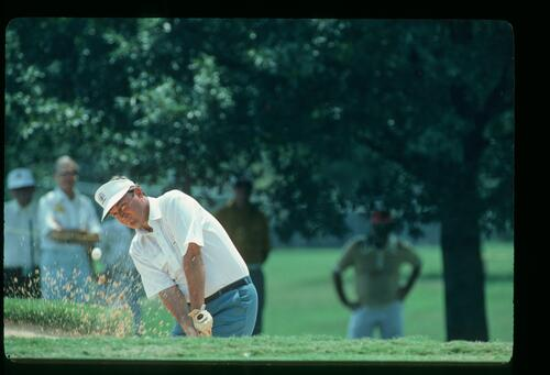 Ray Floyd splashes from the greenside bunker at the 1981 USPGA Championship