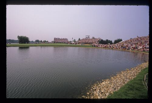 The par three, third hole over a lake at Kemper Lakes during the 1989 USPGA