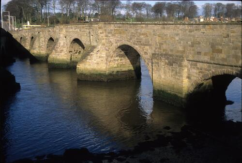 The old bridge at Guardbridge.