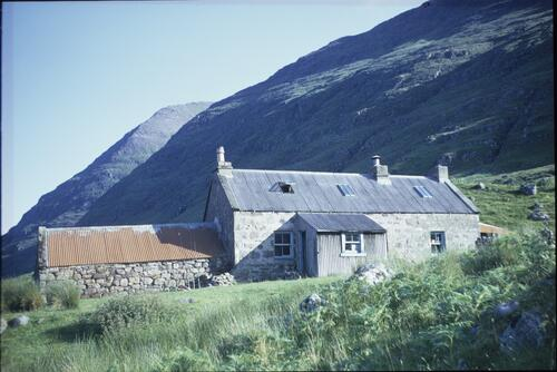 Shenavall Bothy and the southern slopes of An Teallach.