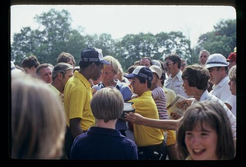 Jack Nicklaus signing autographs during the 1981 US Open