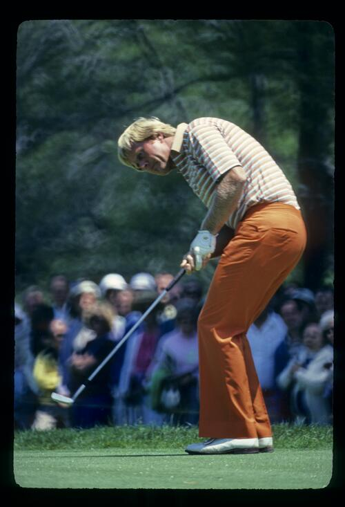 Jack Nicklaus putting during the 1980 US Open