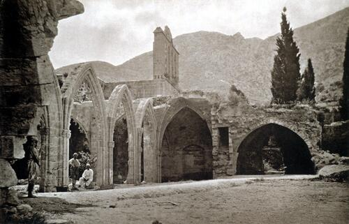 Ancient Abbey, Belle Paix.