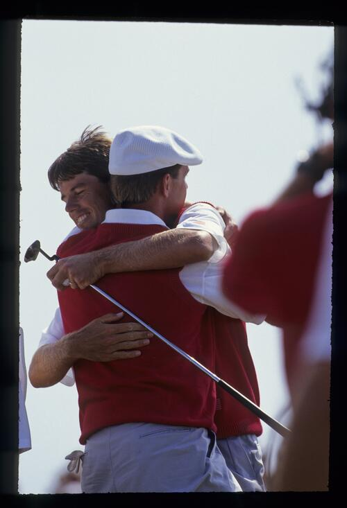 Paul Azinger and Payne Stewart with a celebratory hug at the 1991 Ryder Cup