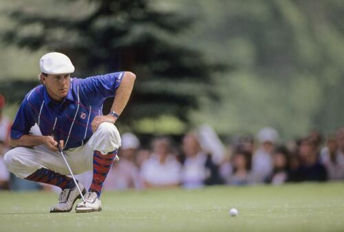 Payne Stewart lines up his putt at the 1989 United States Open Championship at Oak Hill
