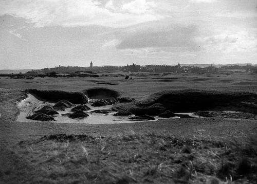 Bunker, Old Course, St Andrews.
