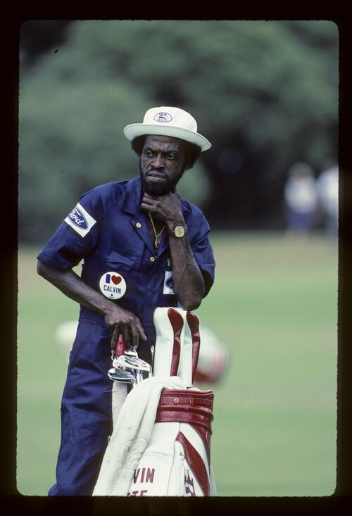Calvin Peete's caddie during the 1984 Australian Masters