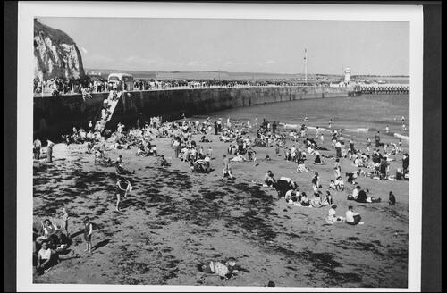 The Beach, Newhaven