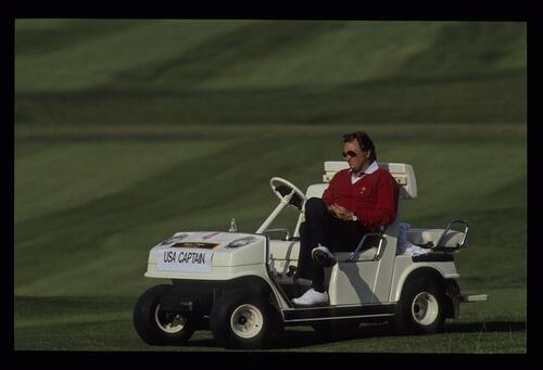 Having made his team selection, American captain Raymond Floyd can only watch and support at the 1989 Ryder Cup