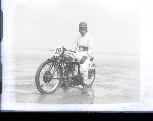 Sand racing at St Andrews [1934?]
