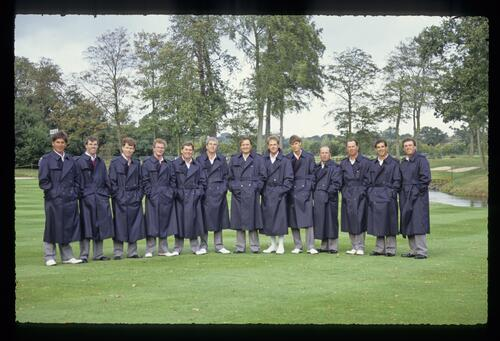 The 1989 USA Ryder Cup Team, complete with stylish raincoats, on the 10th fairway at The Belfry