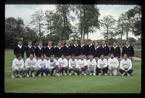 The 1989 USA Ryder Cup Team and their caddies on the 10th fairway at The Belfry