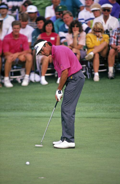Ian Baker Finch watching his putt break during the 1991 Masters
