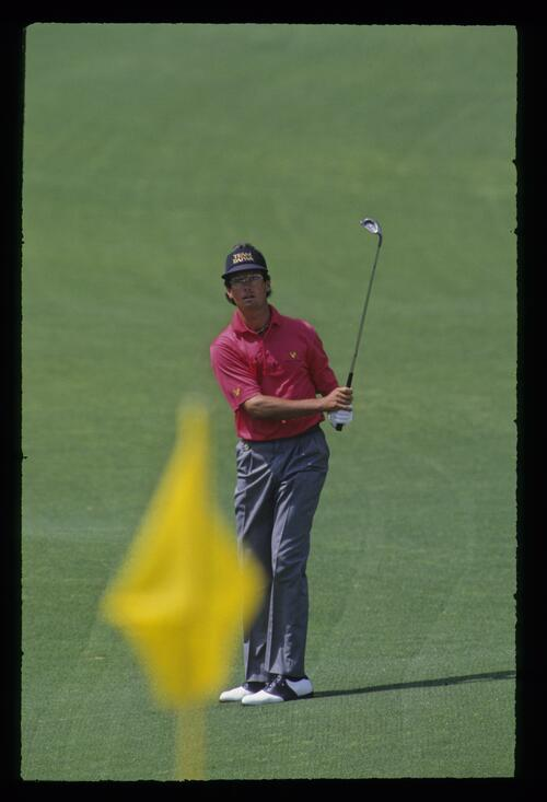 Ian Baker Finch pitching to the flag during the 1992 Masters