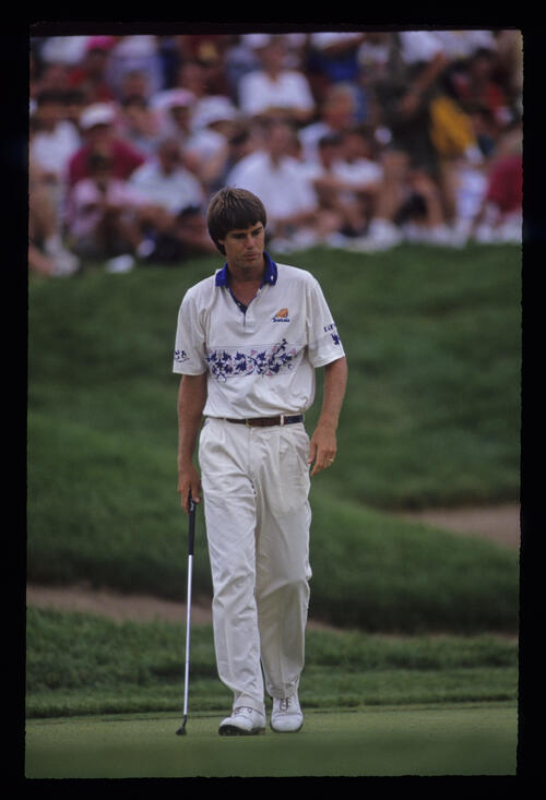 Paul Azinger stalking the green during the 1991 US Open