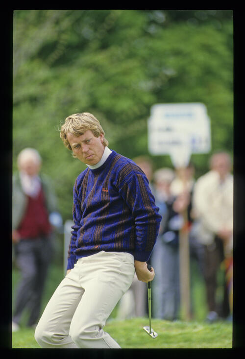 Howard Clark sagging at the knees on the green during the 1987 Masters