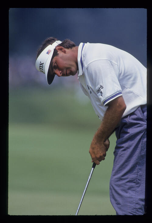 Fred Couples putting cross handed during the 1993 US Open