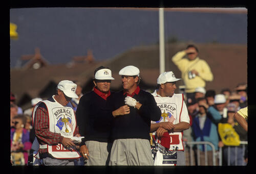 Raymond Floyd and Payne Stewart bracing themselves for the trial of the 10th hole on the Saturday of the 1993 Ryder Cup