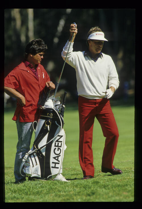Ben Crenshaw making his club selection during the 1987 US Open