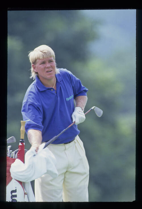 John Daly drying his grip during the 1993 US Open