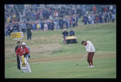 Rodger Davis pitching to the green during the 1987 Open Championship