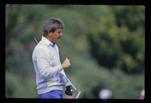 Rodger Davis on the green during the 1986 Open Championship