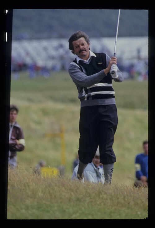 Rodger Davis in the rough during the 1986 Open Championship