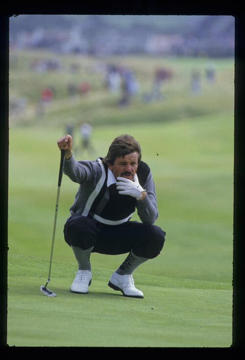 Rodger Davis pondering a putt during the 1986 Open Championship
