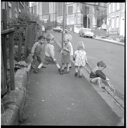 Rye Hill 'Children in the Street'