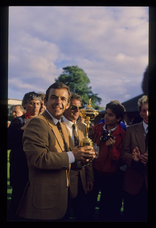 Tony Jacklin with the trophy during the 1985 Ryder Cup