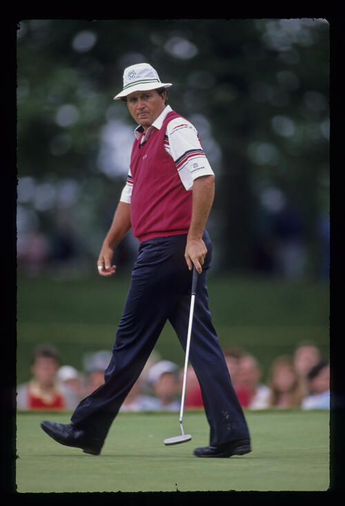 Raymond Floyd begins his march as his putt looks set to drop during the 1989 US Open