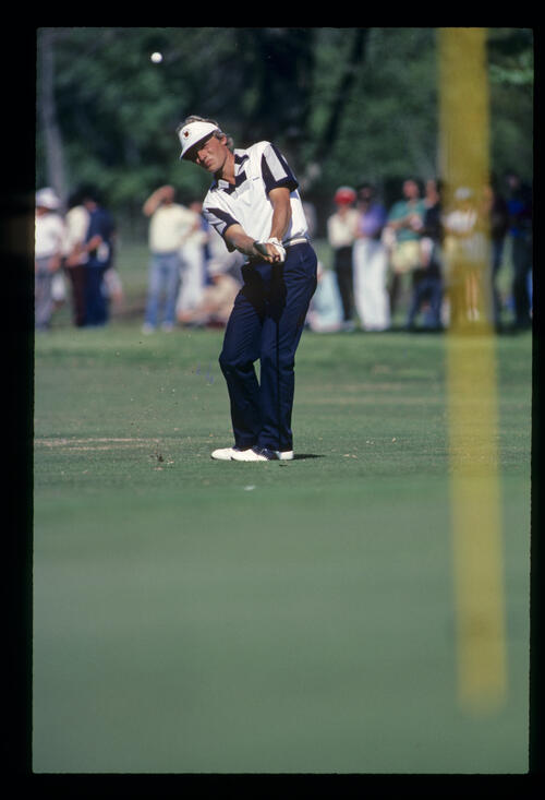 Bernhard Langer pitching to the green during the 1984 USF&G Classic