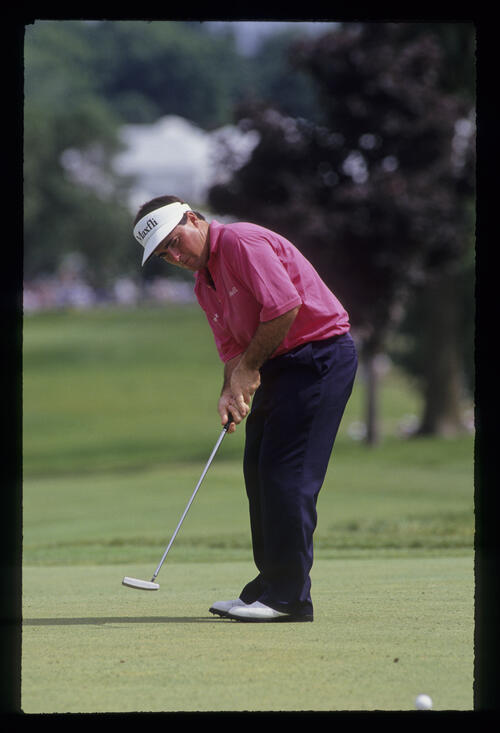 Craig Parry putting during the 1991 US Open