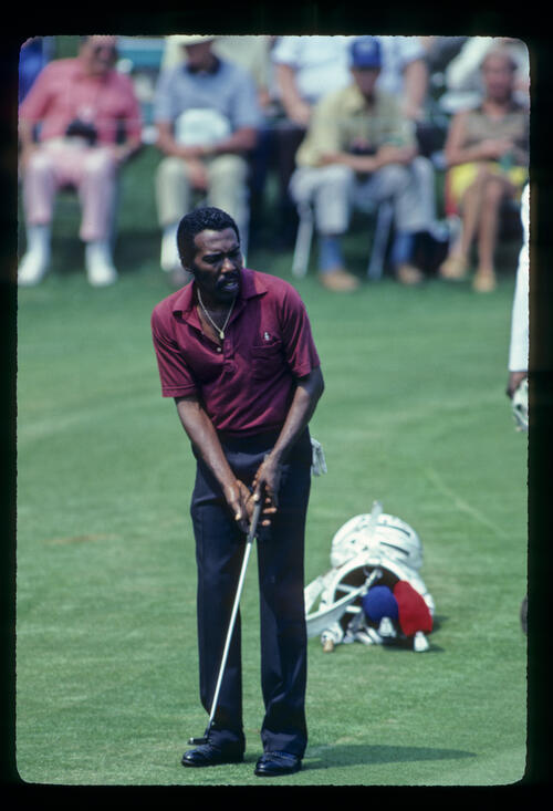 Calvin Peete putting from the fringe during the 1981 Masters