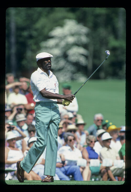 Calvin Peete watching closely from the tee during the 1984 Masters