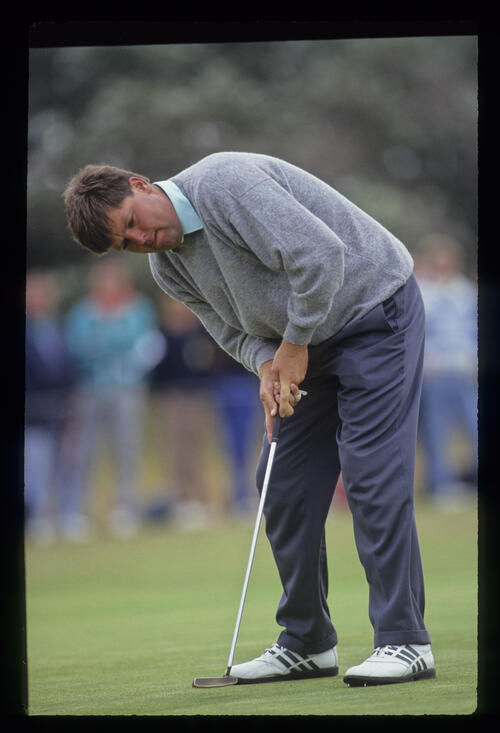 Steven Richardson putting during the 1991 Open Championship