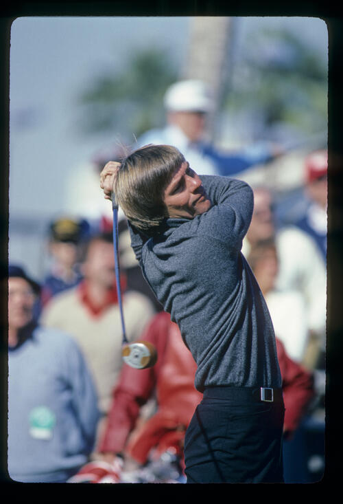 Bill Rogers following through on the tee during the 1982 Phoenix Open