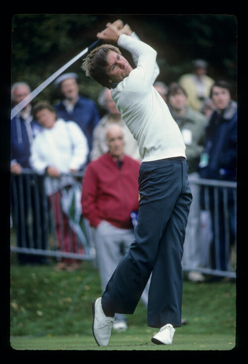 Bill Rogers following through on the tee during the 1983 Suntory World Matchplay
