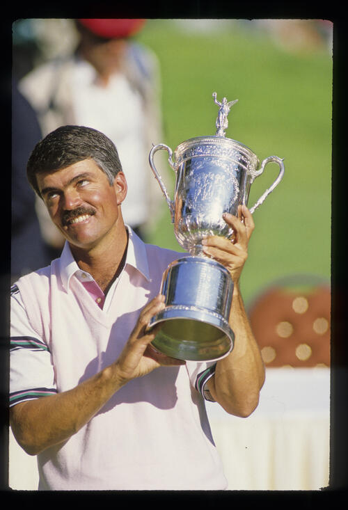 Scott Simpson holding the trophy after winning the 1987 US Open