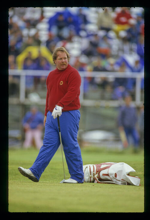 Craig Stadler with putter in hand during the 1987 Open Championship