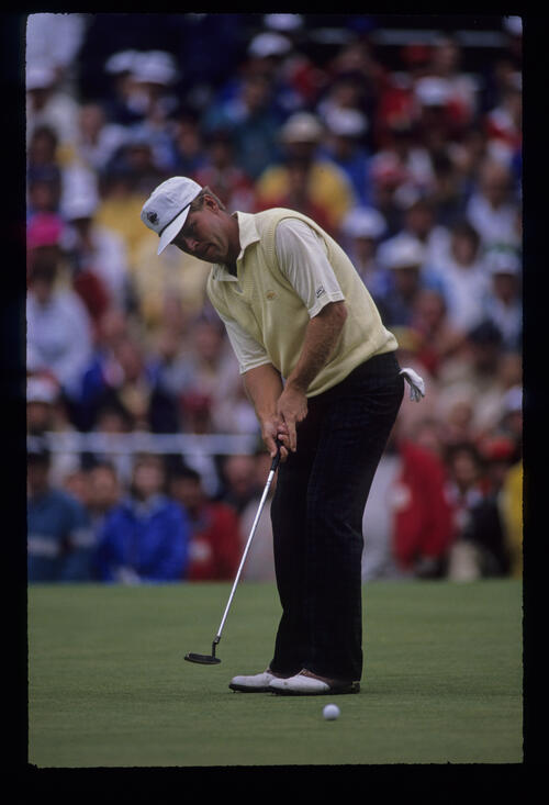 Hal Sutton sending a putt on its way during the 1989 US Open